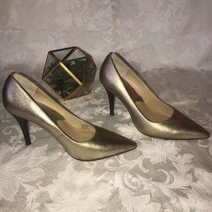 MICHAEL KORS Metallic Gold Heels